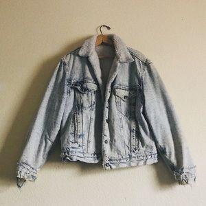 Other - Distressed acid wash trucker sherpa denim jacket
